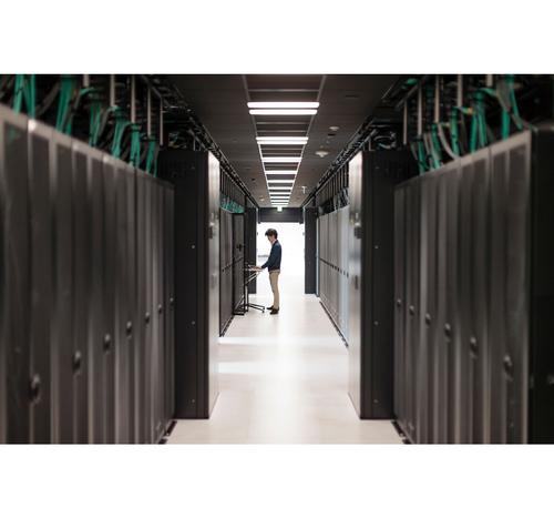 HPE Aruba - Stromkabel - CEE 7/7 (M) bis IEC 60320 C13 - 1.83 m - Kontinentaleuropa - für HPE Aruba AP-207, 303, 304, 305, 365, 367, 504, 515, 535; Instant IAP-207, 304, 305, 325